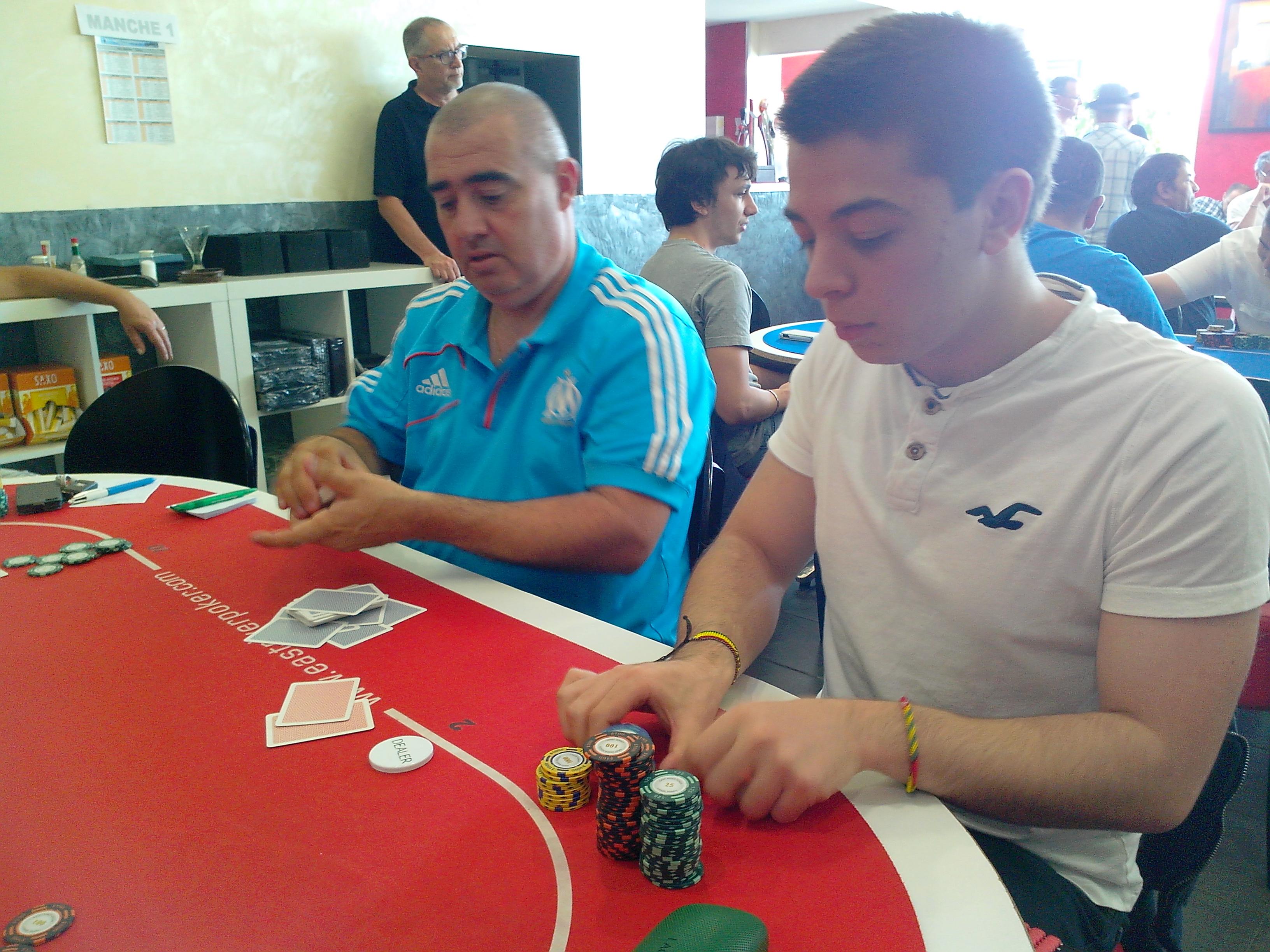 Poker club brignais sac a roulette grand volume